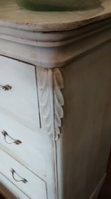 PAINTED ITALIAN CHEST (2).jpg