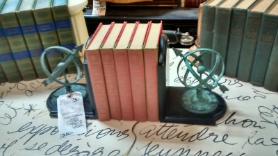 36-85733 PAIR OF BOOKENDS.jpg
