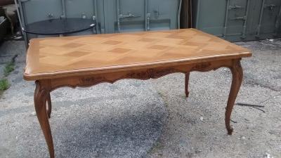 15E16 LOUIS XV OAK TABLE (2).jpg