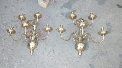 15F04 LARGE BRASS WALL SCONCES (1).jpg
