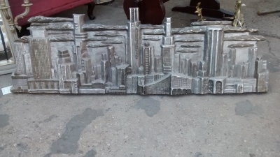 15F04 SKYLINE WALL HANGING.jpg