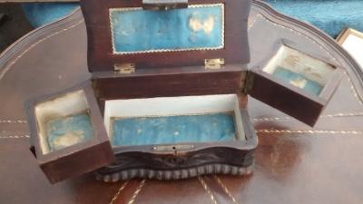 15F04 WOOD JEWELRY BOX (2).jpg