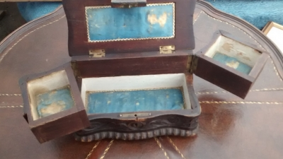 15F04 WOOD JEWELRY BOX (2).jpg