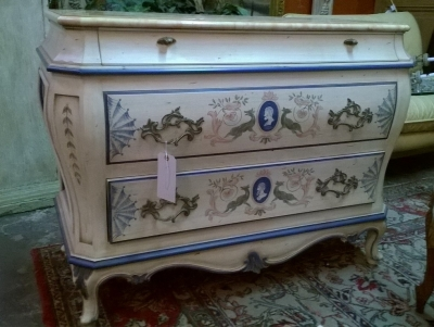 15F27342 PAINTED CHEST WITH FAUX MARBLE TOP  (1).jpg