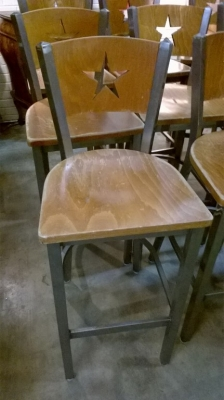 15F27353 SET OF 8 LONE STAR BAR STOOLS (3).jpg