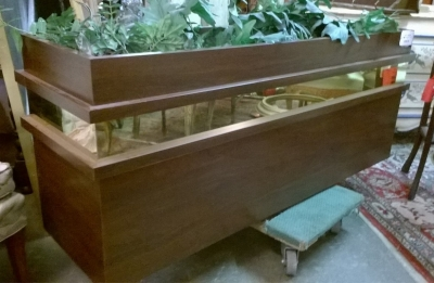 15F27354 WALNUT PLANTER BOX (2).jpg