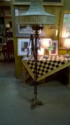 15G02509 ITALIAN FLOOR LAMP (1).jpg