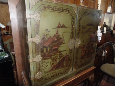 SOLD    12K18008 CHINOISERE CABINET  (4)