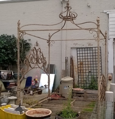 15E KING SIZE IRON CANOPY BED (4).jpg