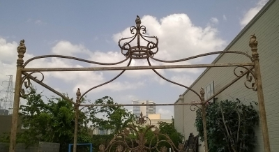 15E KING SIZE IRON CANOPY BED (5).jpg