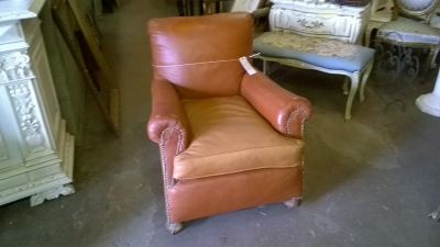 15F06010 LEATHER CLUB CHAIR (3).jpg