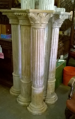 15F18201 SET OF 4 WOOD HALF COLUMNS.jpg