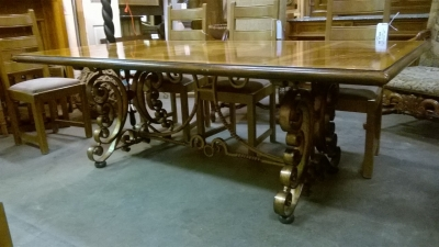 15G08 INLAID TABLE WITH IRON TRESTLE BASE (2).jpg