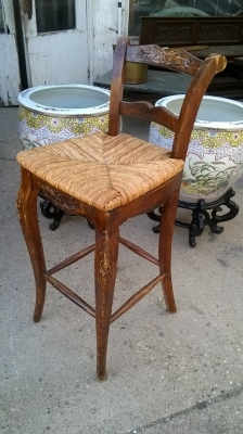 15G08 LOUIS XV RUSH SEAT BAR STOOL.jpg