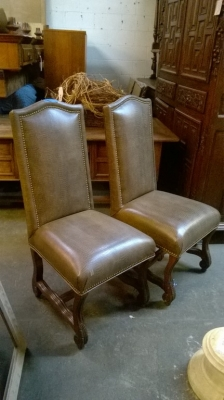 15G08 PAIR OF MUTTON BONE CHAIRS (1).jpg