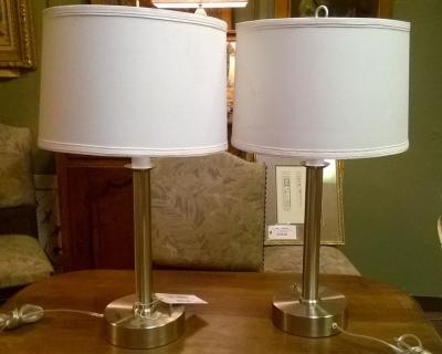 15G02518 PAIR OF MODERN CHROME LAMPS.jpg