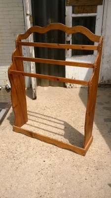 15G21027  QUILT RACK AND DISPLAY (1).jpg