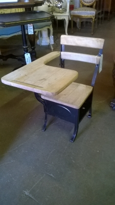 15G13154 WOOD AND METAL SCHOOL DESK.jpg