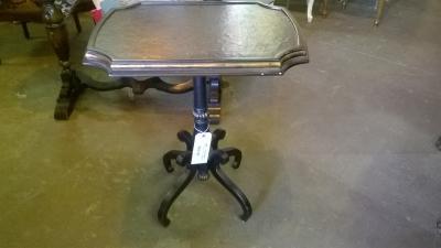 15G13155 BLACK LAMP TABLE (1).jpg