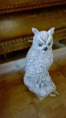 15G2102 CAST CONCRETE OWL.jpg