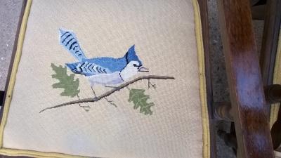 15G26015 SET OF 6 AMERICAN EASTLAKE CHAIRS WITH BIRD SEATS (5).jpg