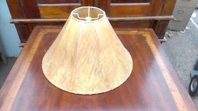 15G30007 5 LEATHER LAMP SHADES (1).jpg