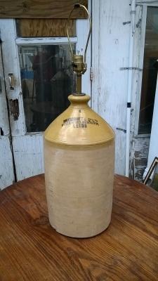15G30025 WISKEY JUG LAMP (1).jpg