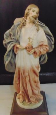 Sold !  13H12613 SACRED HEART JESUS STATUE $19.00(2).JPG