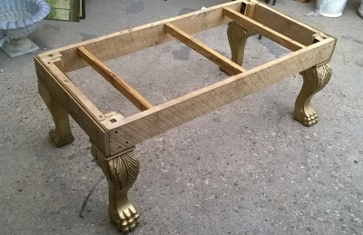 GRP-LARGE GILT WOOD STOOL FRAME (2).jpg