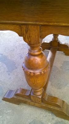 15H08 ENGLISH OAK DRAWLEAF PUB TABLE (3).jpg