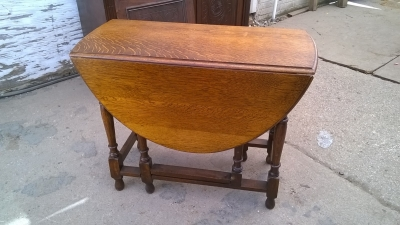 15H08 ENGLISH OAK DROPLEAF TABLE.jpg