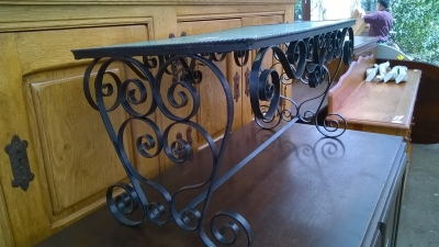 15H08 IRON BASE TILE TOP COFFEE TABLE (2).jpg