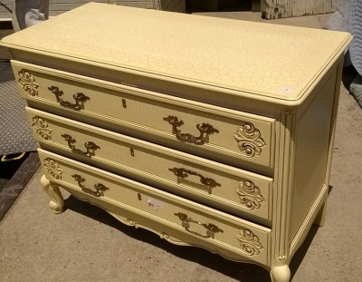15H08 PAINTED LOUIS XV CHEST (2).jpg