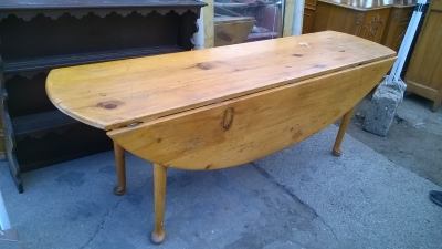 15H08 PINE WAKE TABLE (1).jpg