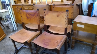 15H08 SET OF 4 LEATHER CHAIRS (1).jpg
