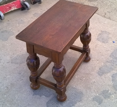 15H08 SMALL TABLE  (2).jpg
