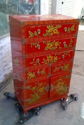 15H03 PAINTED CHINESE CABINET (1).jpg