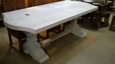 15G10010 PAINTED TRESTLE TABLE WITH CURVED ENDS (1).jpg