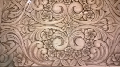 15H11213 HAND CARVED COFFEE TABLE BY TEXAS ARTIST (3).jpg