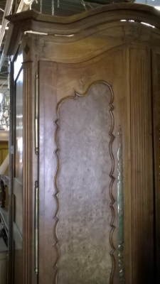 15H EARLY LOUIS XV ARMOIRE (3).jpg