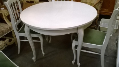 15H PAINTED LOUIS XV TABLE.jpg