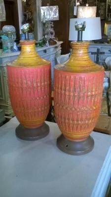 15H PAIR OF MID CENTURY LAMPS.jpg