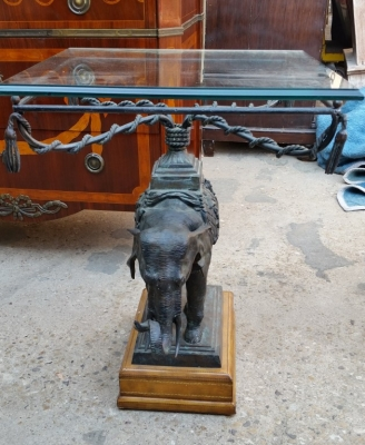 15H24 BRONZE BASE GLASS TOP ELEPHANT TABLE (1).jpg