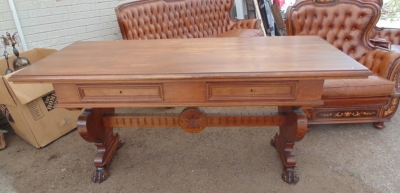14D10002 ITALIAN WALNUT WRITING TABLE  (1).JPG
