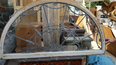 15H24 ELABORATE LEADED GLASS ARCHED WINDOW (2).jpg