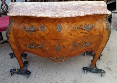 15H24 LOUIS XV MARBLE TOP COMMODE (1).jpg
