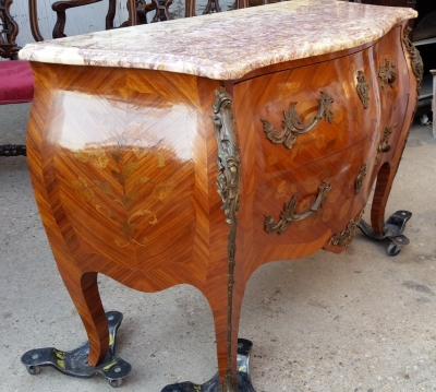 15H24 LOUIS XV MARBLE TOP COMMODE (3).jpg