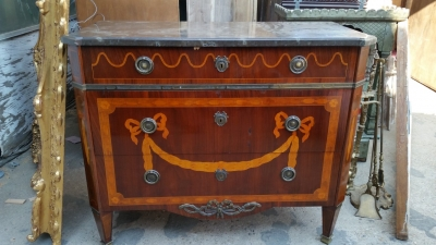 15H24 LOUIS XVI MARBLE TOP MARQUETRY COMMODE (1).jpg