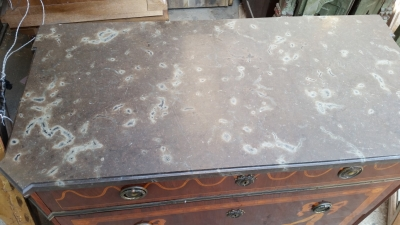 15H24 LOUIS XVI MARBLE TOP MARQUETRY COMMODE (2).jpg