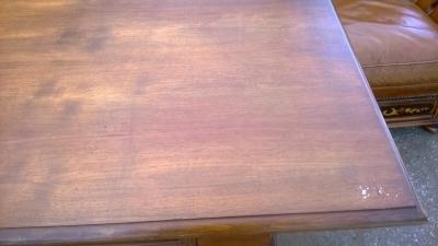 14D10002 ITALIAN WALNUT WRITING TABLE  (6).jpg